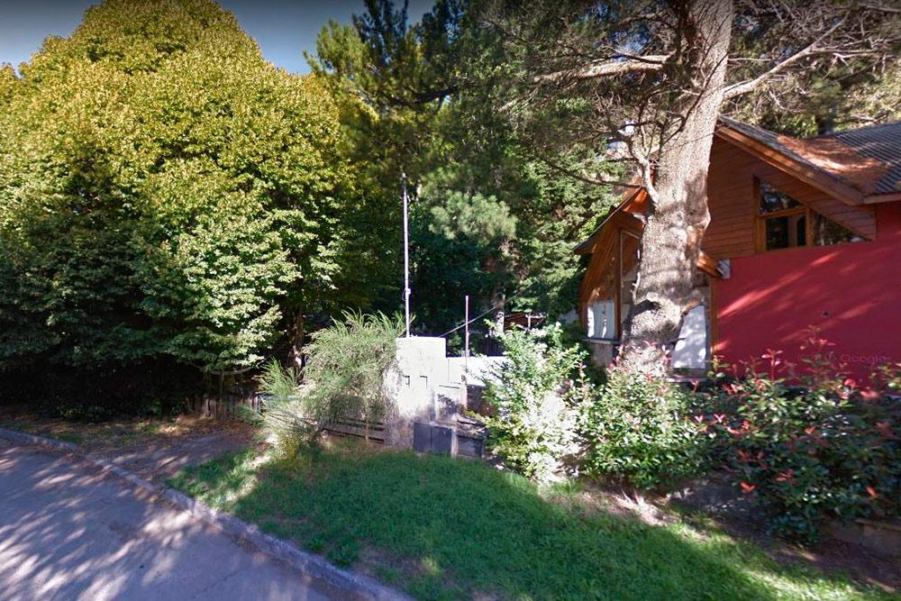 Дом, в котором я останавливался через каучсерфинг в Сан-Мартин-де-лос-Андес. Скриншот из «Гугл-карт»