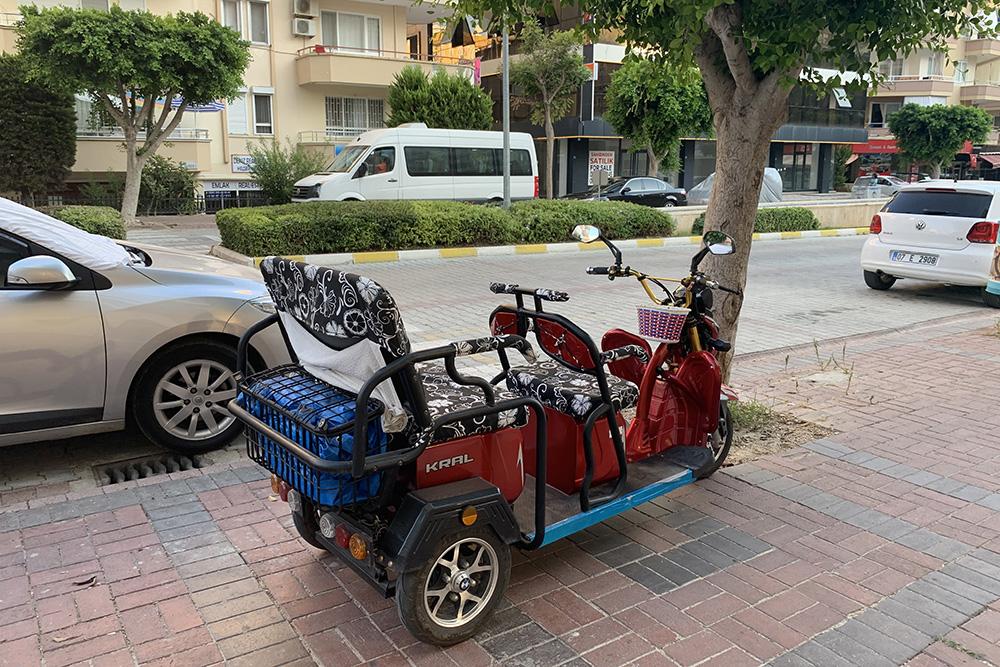 Паркуют нетолько машины