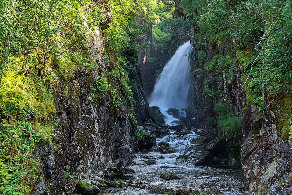 Водопад Сказка. Источник:«Байктур»