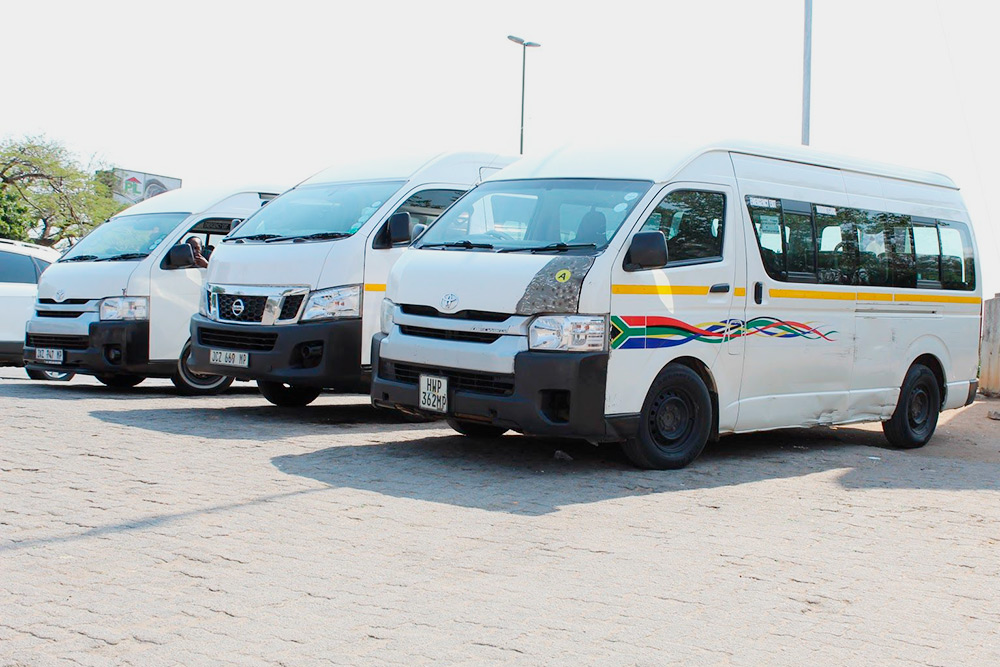 А это микроавтобусы, которые встречаются в городе, но пользоваться ими небезопасно