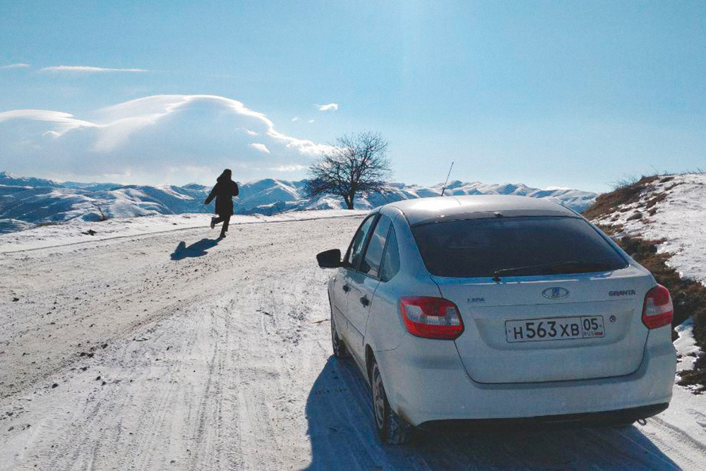 В Дагестане лучше выбирать машину на механике. На автомате на долгих спусках в горах будет сложно