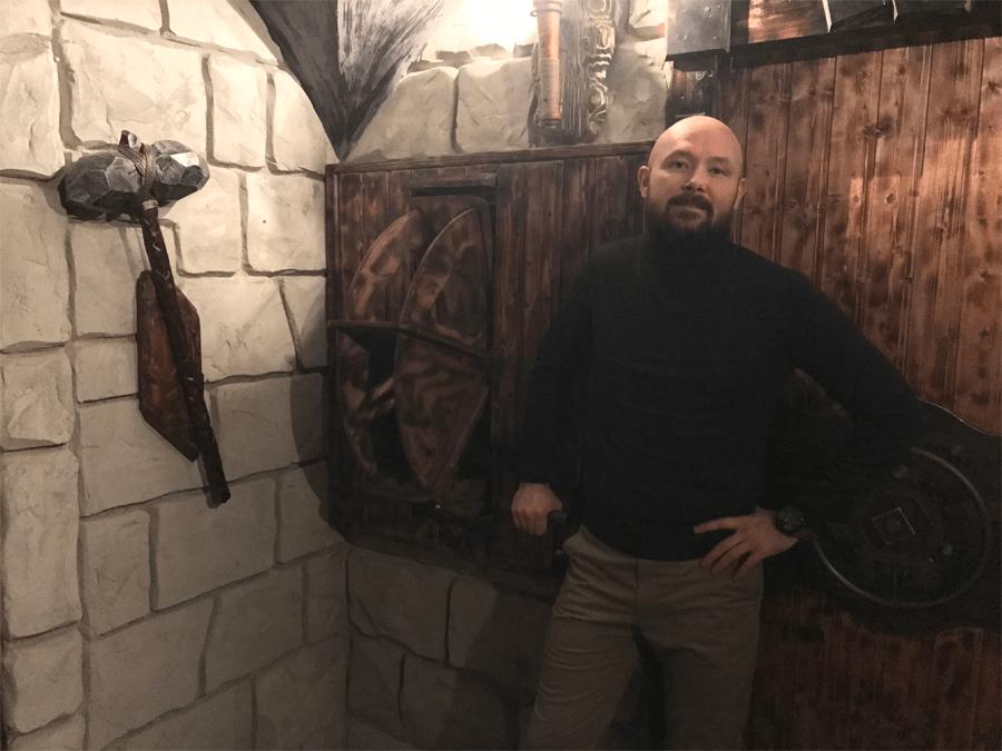 Виктор Стоумов-Олешкевич открыл квесты «Клаустрофобии» в Москве и Таллине