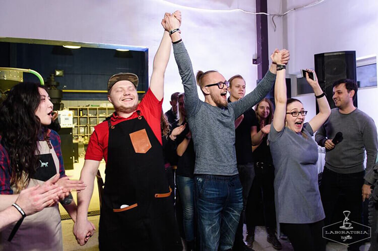 В ноябре 2017 года бариста Никиты победили на чемпионате «Кофе-лайк». Теперь они представят всю сеть на российском чемпионате