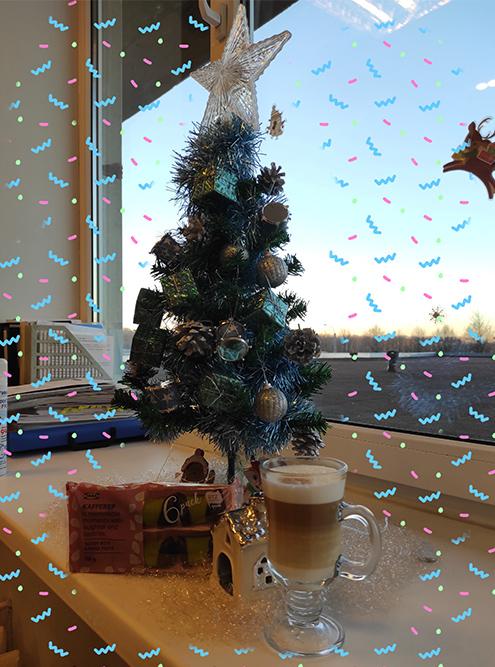 Новогоднее настроение с чашечкой латте и печеньем из «Икеи», ням-ням-ням