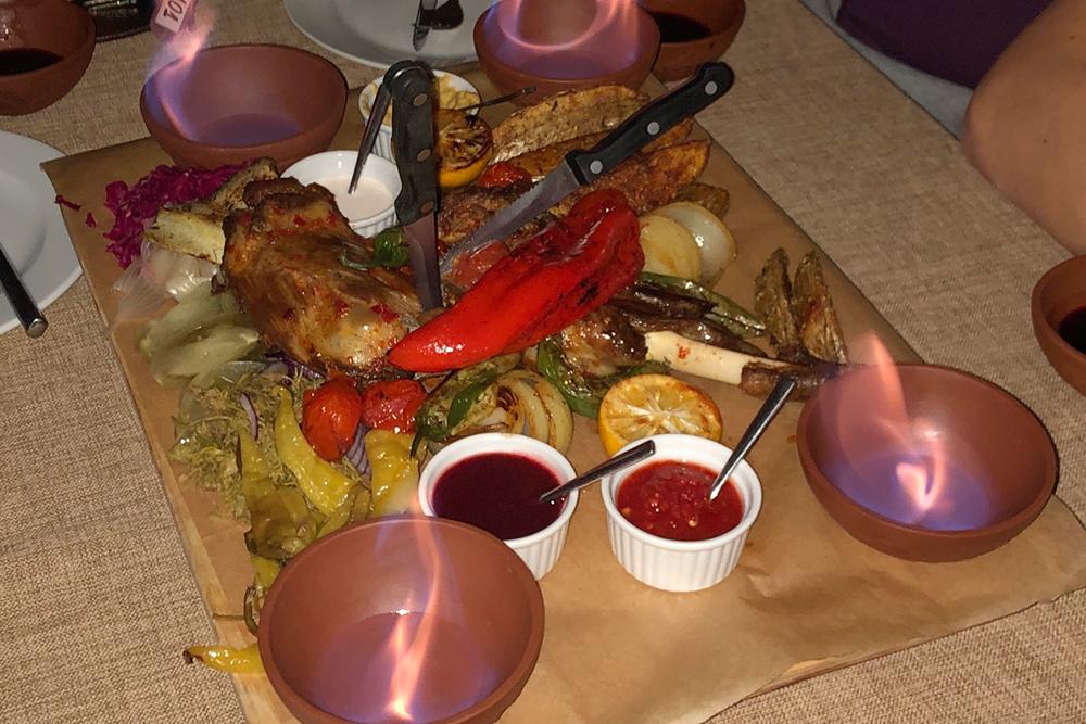 Так выглядит канчи — блюдо на компанию