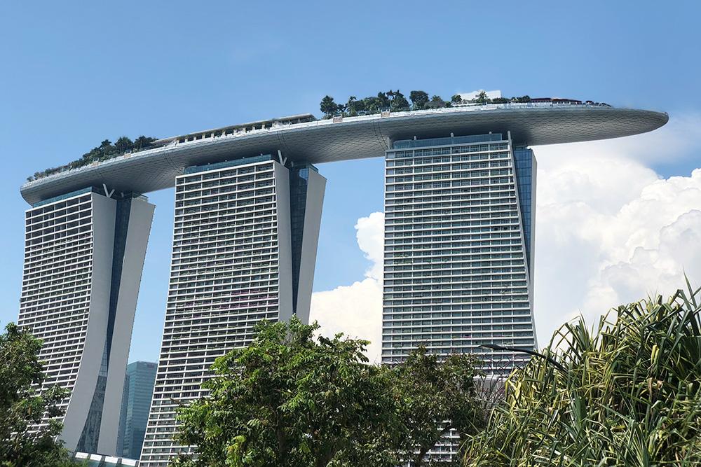 Одно из самых популярных мест в Сингапуре — отель «Марина Бэй Сэндс»
