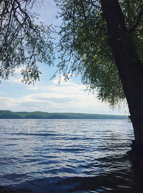 В Татарстане очень красивая природа: сосновые и березовые леса, реки и озера, бескрайние поля