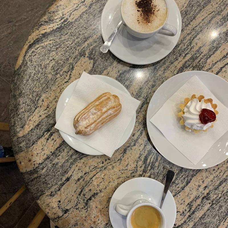 Кофепитие в советском стиле обошлось в 200рублей на двоих