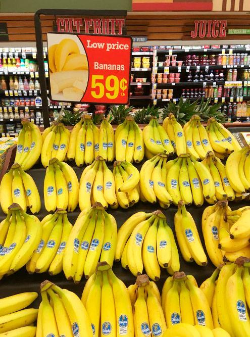 Неорганические бананы вмагазине TraderJoe's стоят 0,59$ за450г. Навкус такиеже, каквРоссии