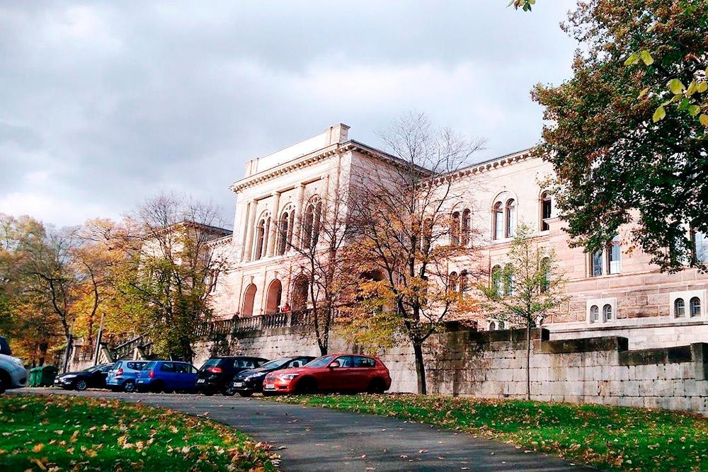 Один из корпусов Йенского университета