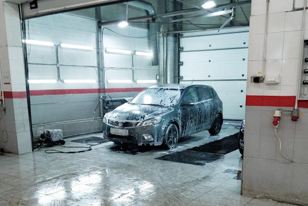 Мою машину из сервиса мне отдали мытой, хотя мойку я не заказывал и не платил за нее