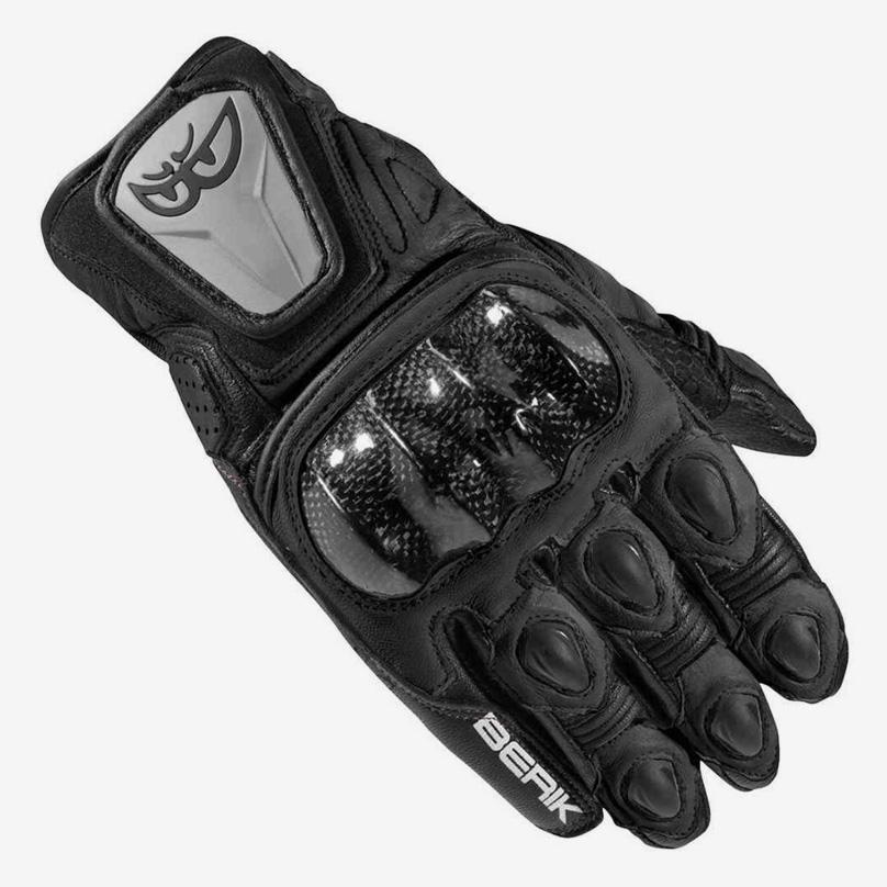 С первого дня за рулем своего мотоцикла я езжу в перчатках. Это Berik Namib за 4515 рублей