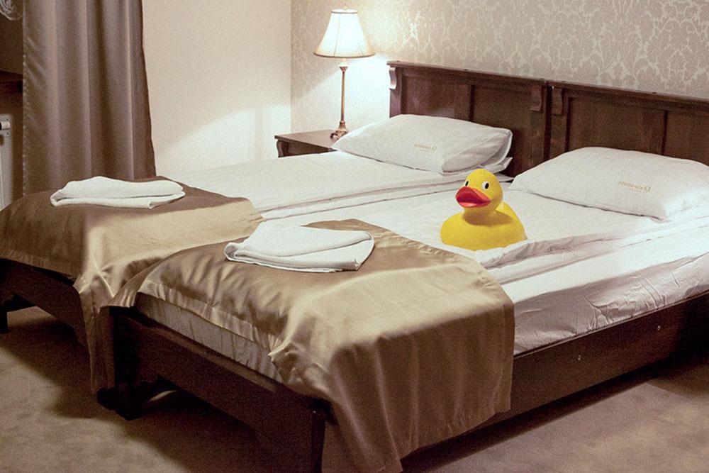 Номер в отеле в Кракове, который нам выделил каучсерфер. Дорога до Кракова была долгой и тяжелой, поэтому выспаться на мягкой кровати было очень приятно