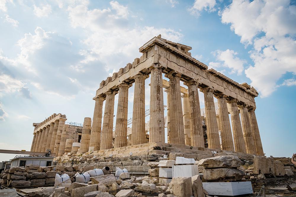 В 15 веке турки захватили Афины и превратили Парфенон в мечеть