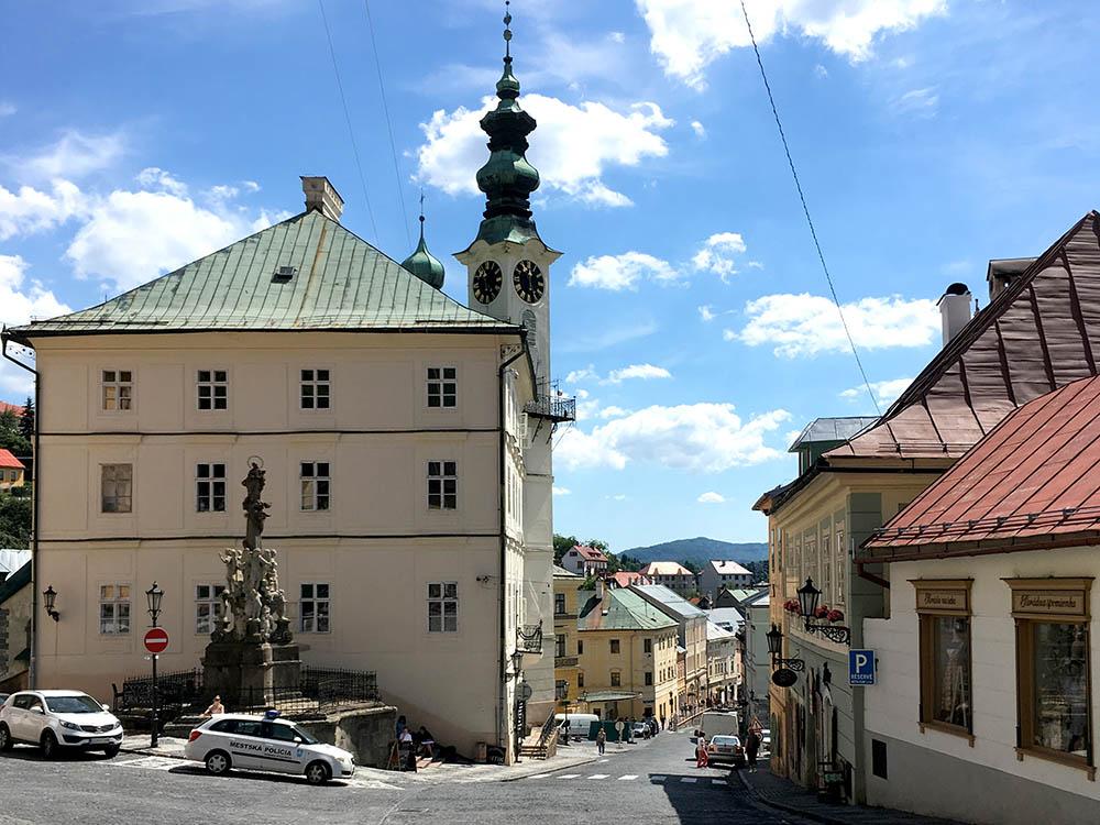 Улочка в словацкой глубинке, куда я никогда бы не поехал за свой счет