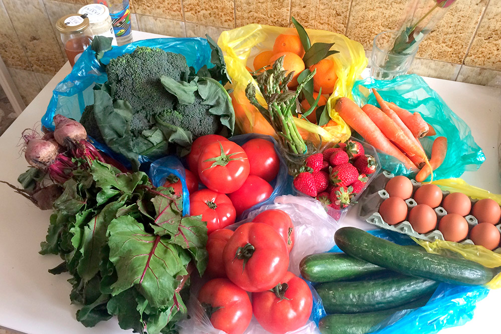 Одна из причин, по которой я так люблю Грецию, — всевозможные овощи и фрукты круглый год