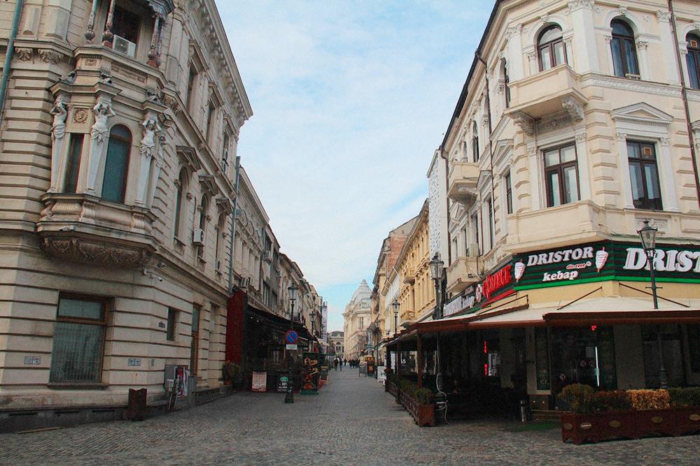 Многие улицы в старой части города пешеходные