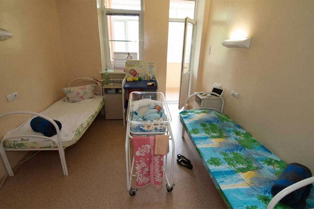 Сколько стоят роды в Москве по контракту и полису ОМС