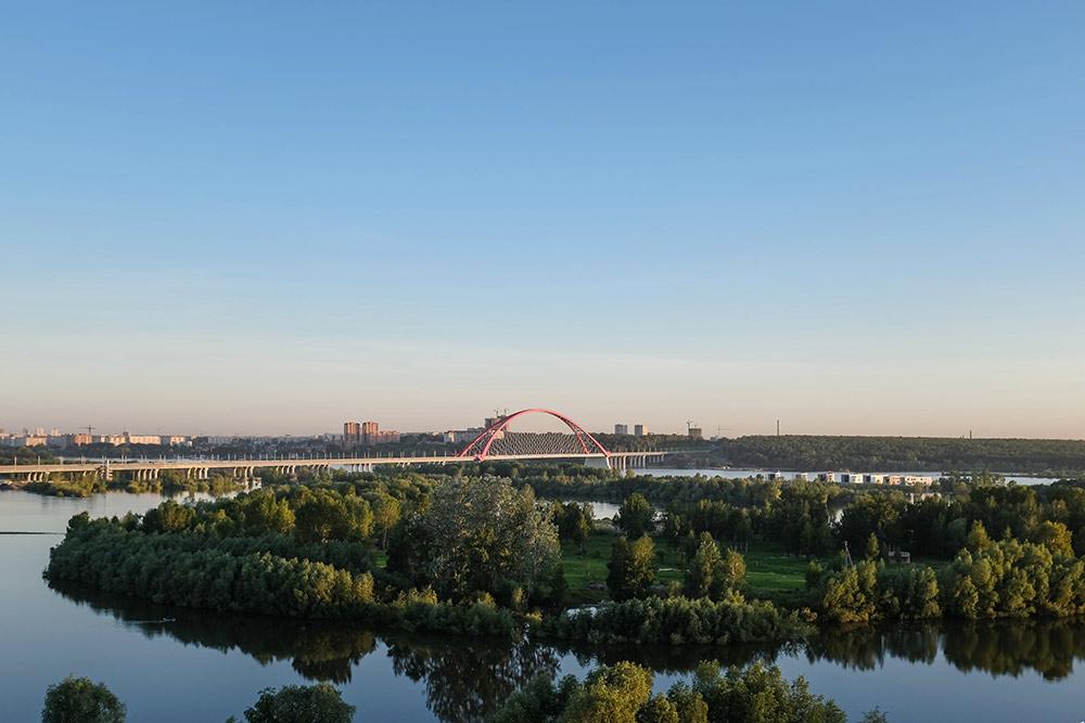 Вид на острова на Оби, Бугринский мост и левый берег с крыши моего дома