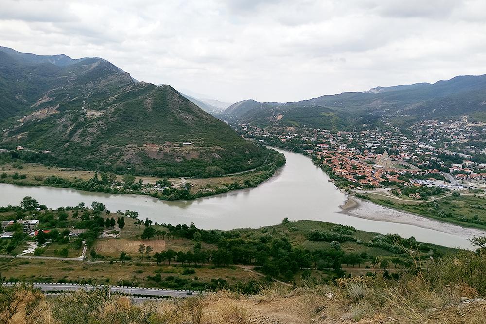 Слияние рек Куры и Арагви