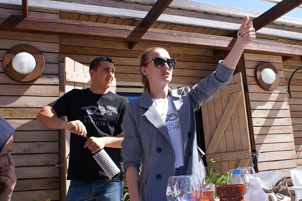 Ярослав и Юлия проводят дегустации в семейном кафе «Штурвал»