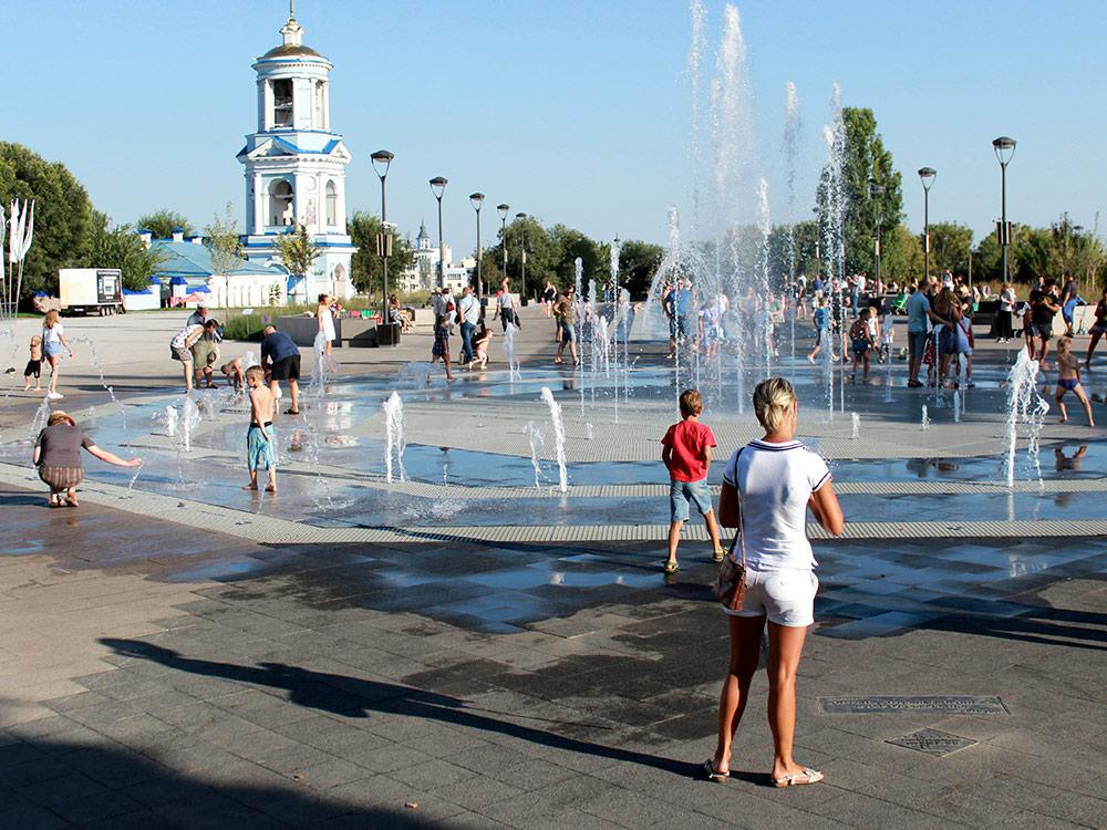Фонтаны на Советской площади