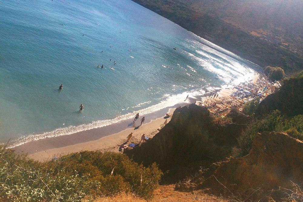 Пляж в Бали один из самых приятных длякупания на северном побережье. Он расположен неподалеку от Ретимно