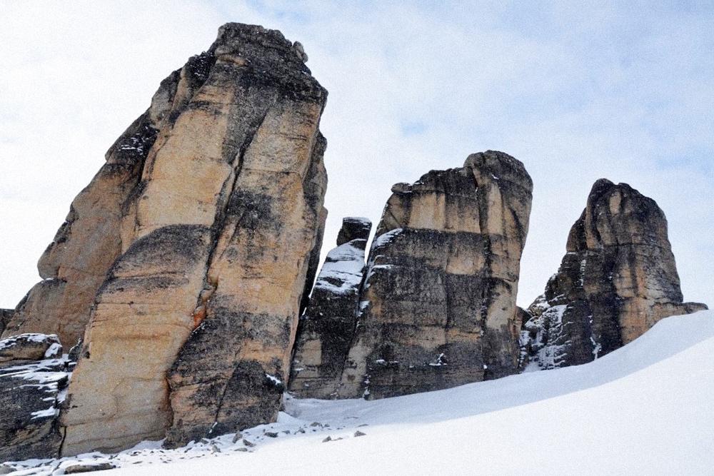 Конусообразные скалы естественного происхождения — кекуры