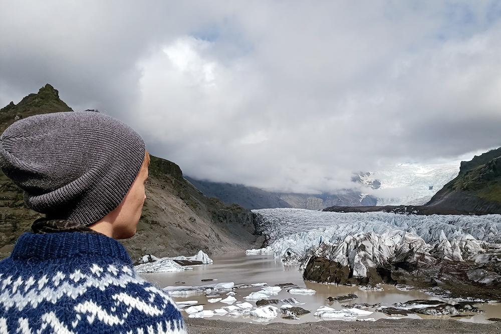 Самостоятельно лезть на ледник не стоит: безгида и специальной экипировки можно погибнуть