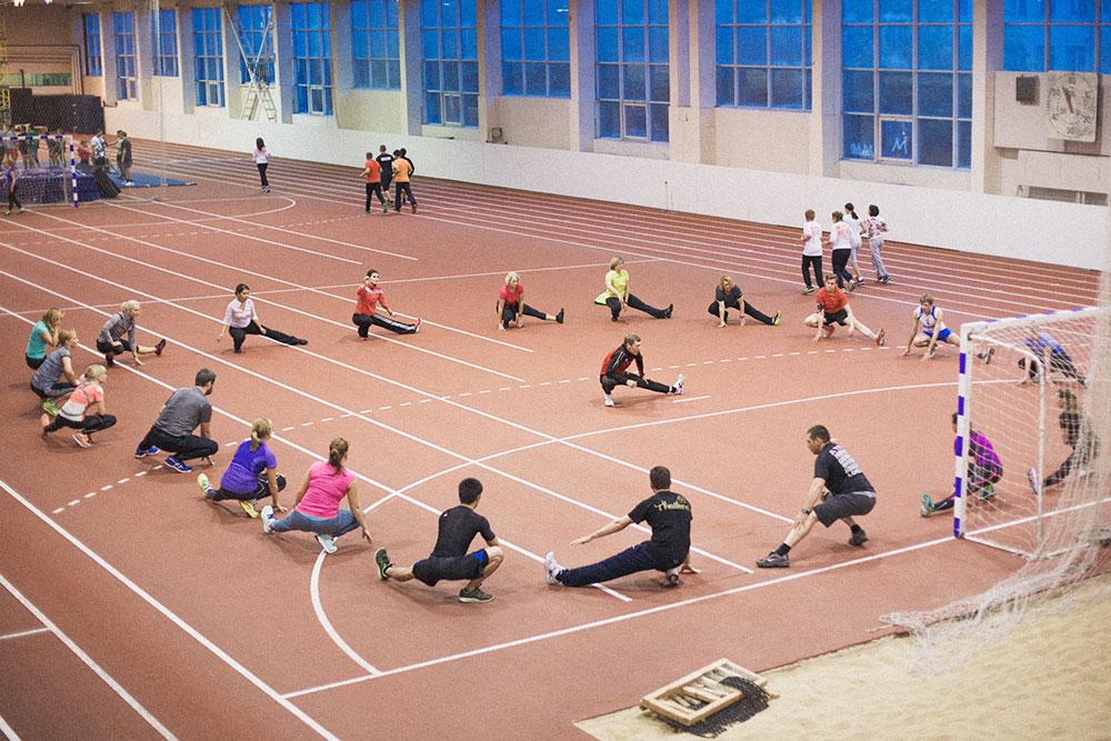 Тренировка в Екатеринбурге в крытом манеже зимой
