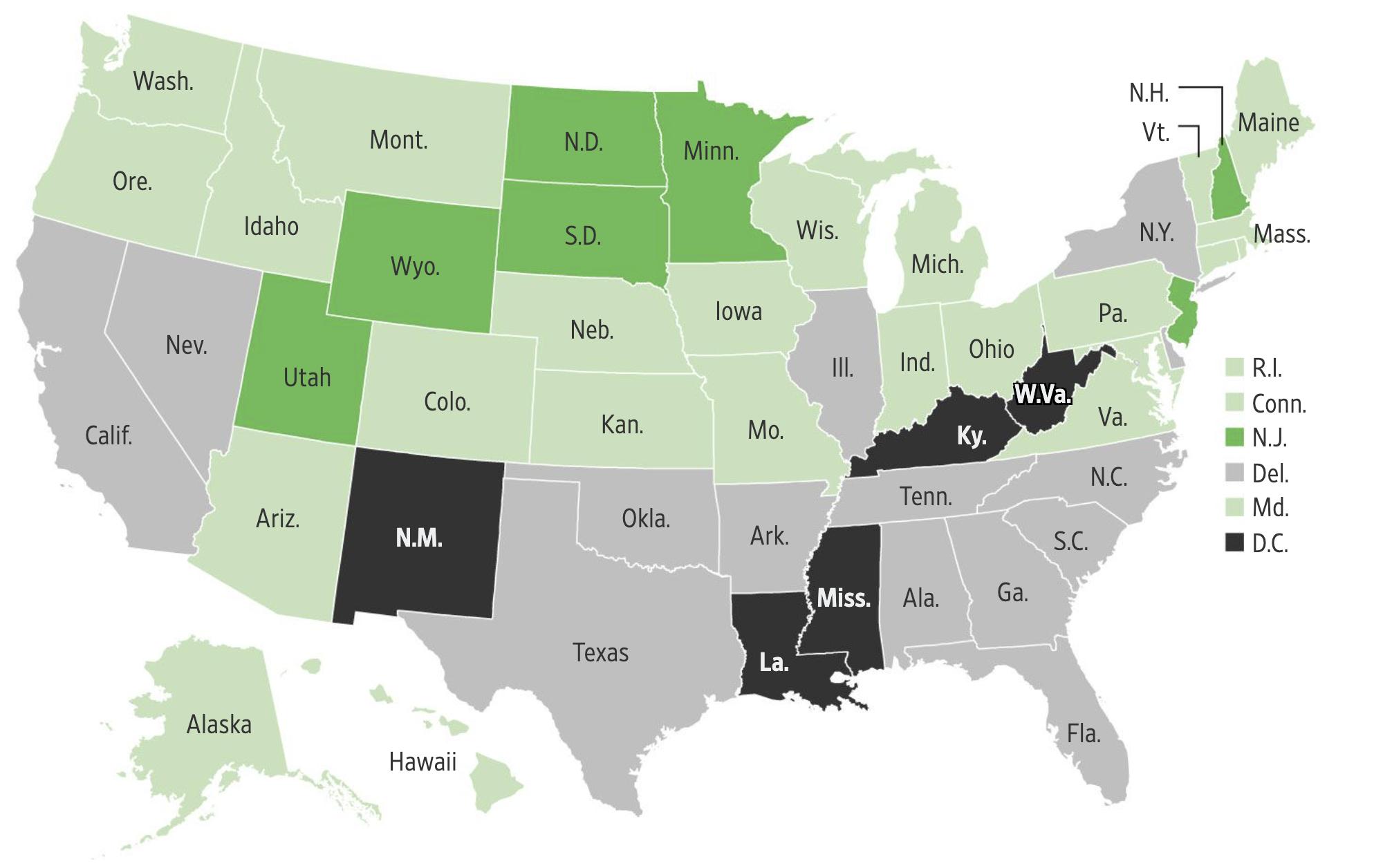 У какого процента студентов в разных штатах США нет надежного подключения к интернету: темно-зеленые штаты — менее 15%, светло-зеленые — 15—19%, серые — 20—24%, черные — 25% и более. Источник: Wall Street Journal