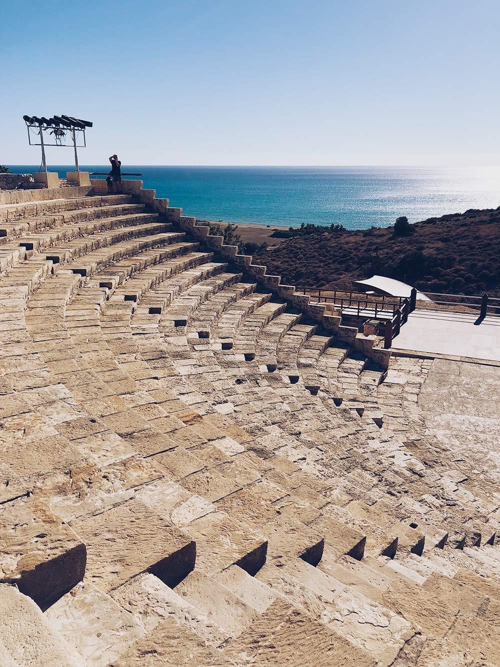 Остатки античных городов тоже есть. Этот амфитеатр Куриона полностью восстановили в 1961году