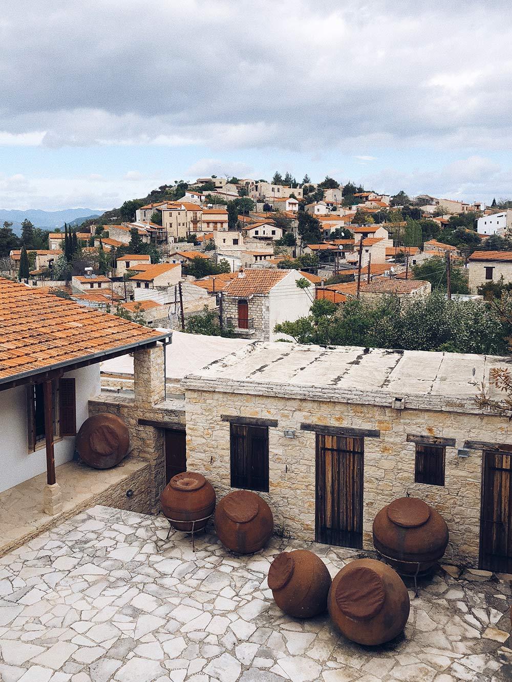 Все деревеньки Кипра посетить, наверное, невозможно. Это одна из любимых — Лофу