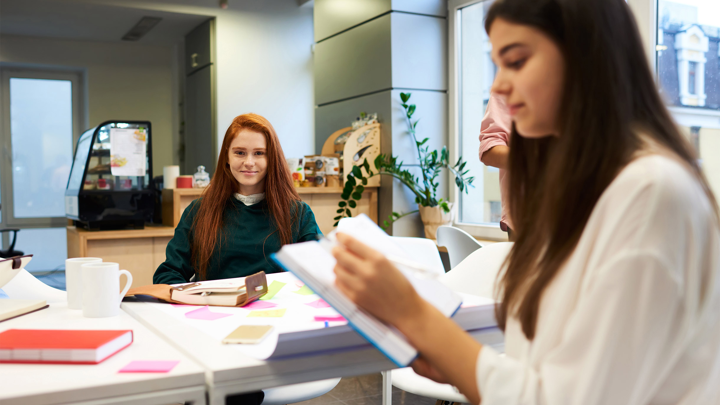 Малоимущим москвичам предлагают пройти бесплатный бизнес-курс английского языка