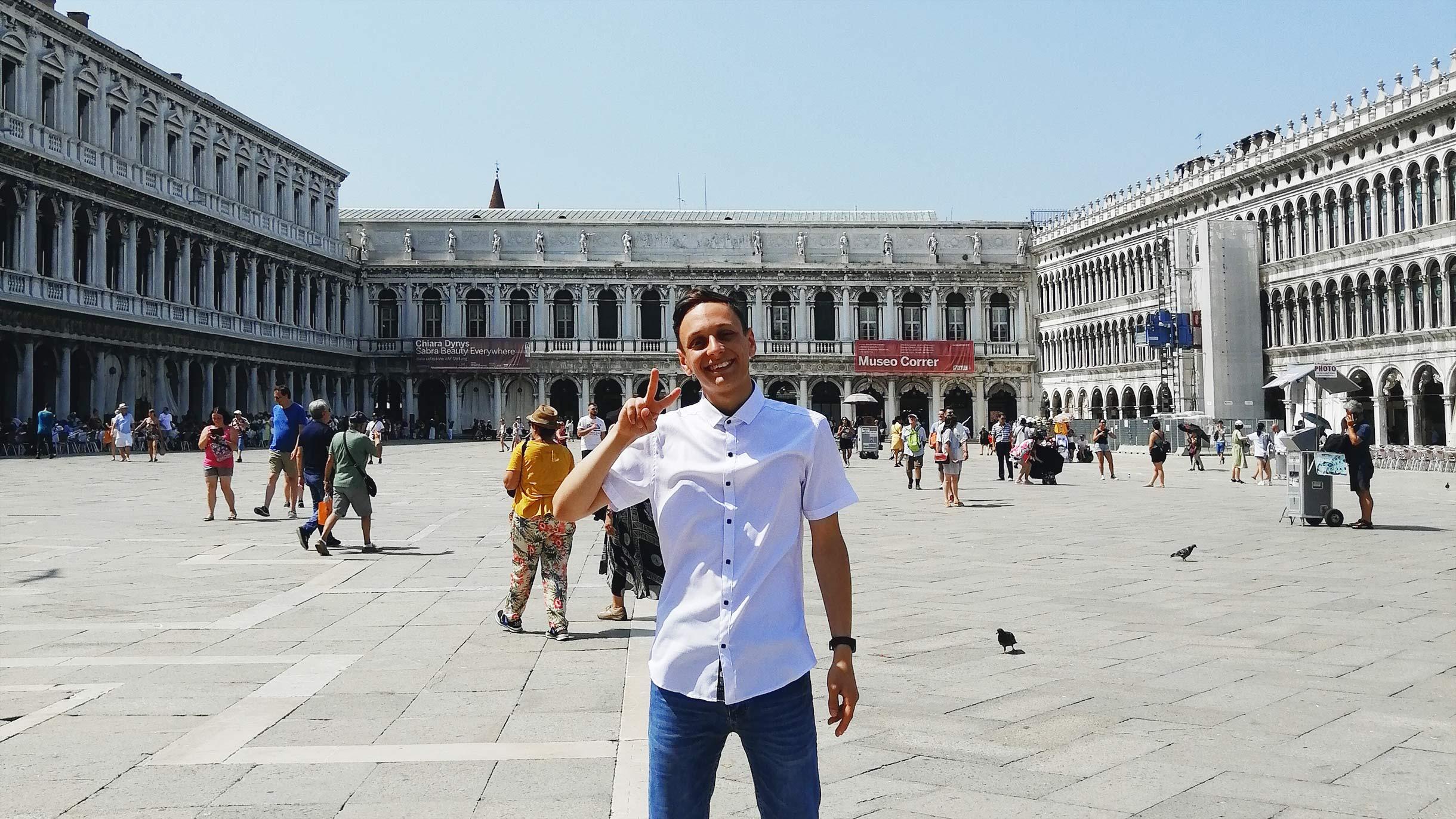 Я месяц учился в языковой школе в Италии
