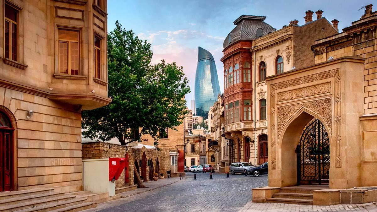 Сколько стоит съездить в Баку