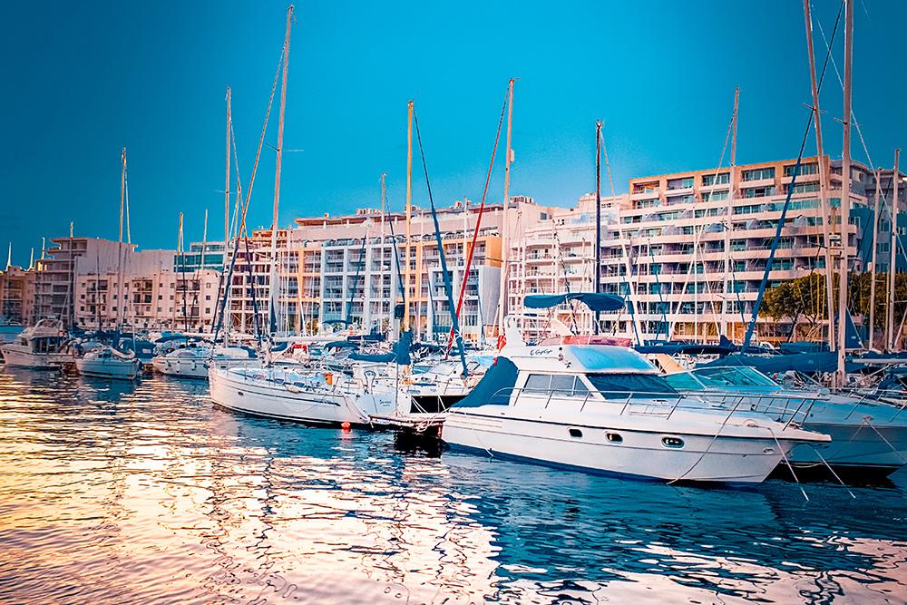 И конечно, на Мальте много яхт