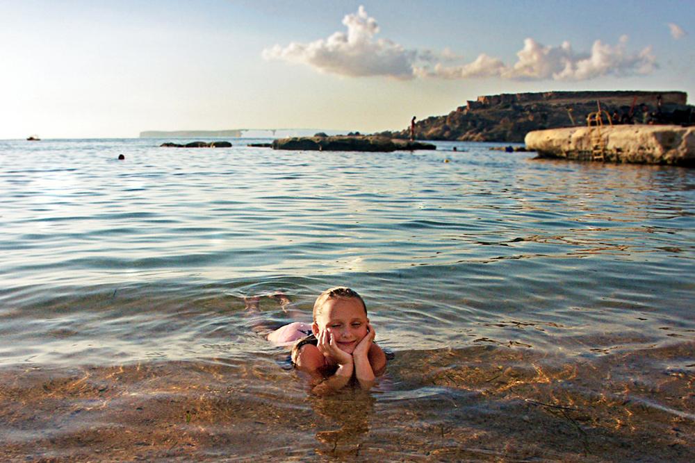 Моя дочь родилась на Мальте. Это старое фото