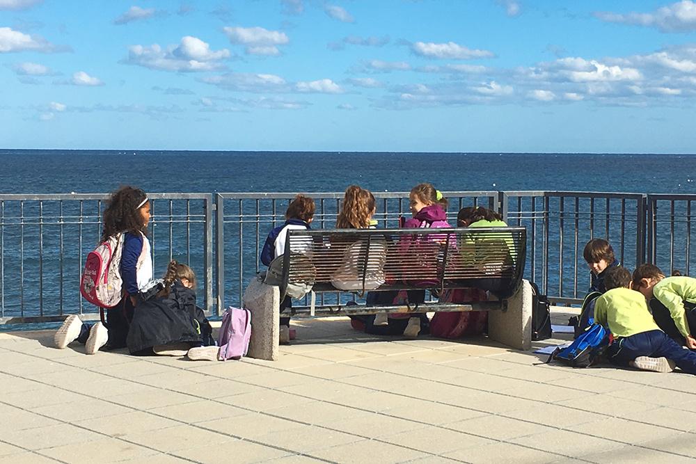 Уроки на свежем воздухе в мальтийских школах проводят постоянно