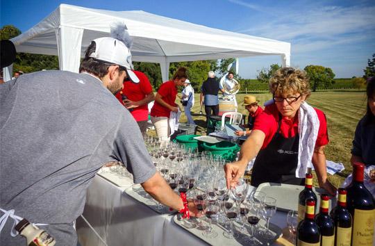 На «Медок Марафоне» участникам наливают вино