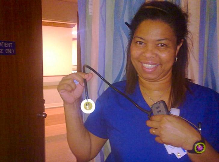 Медсестра на родах