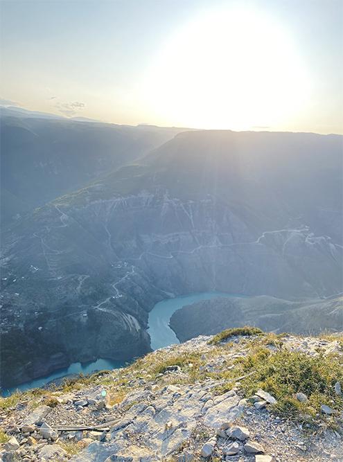 Вид на каньон со смотровой площадки