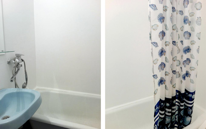 Мы освежили ванную комнату: сбили старую плитку, оштукатурили и покрасили стены