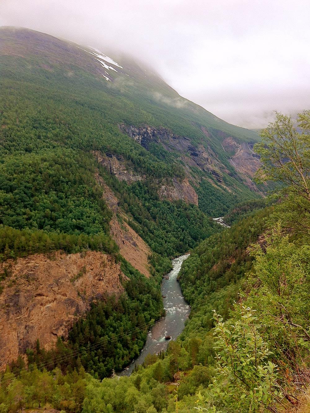 Вид с горы на границе со Швецией по пути домой