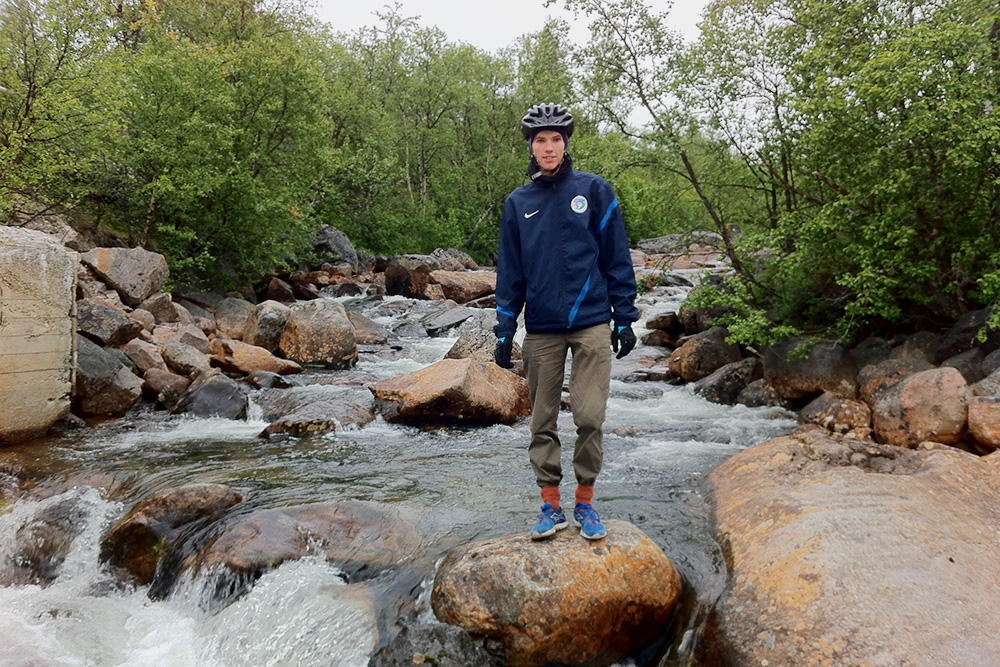 Вода в финских реках чистая, ее можно пить