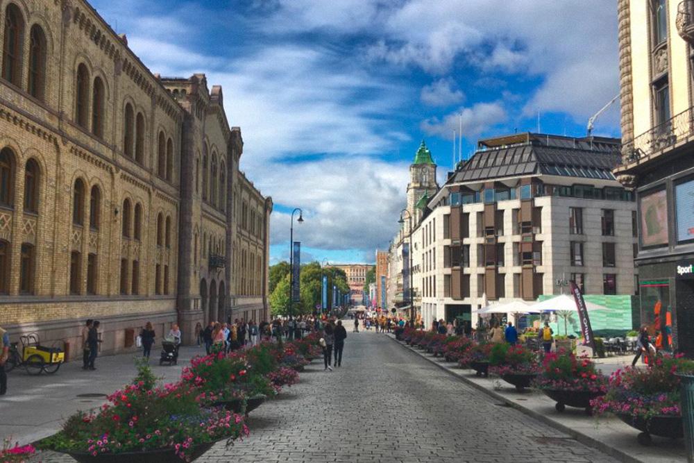 Центральная улица Осло чистая и ухоженная