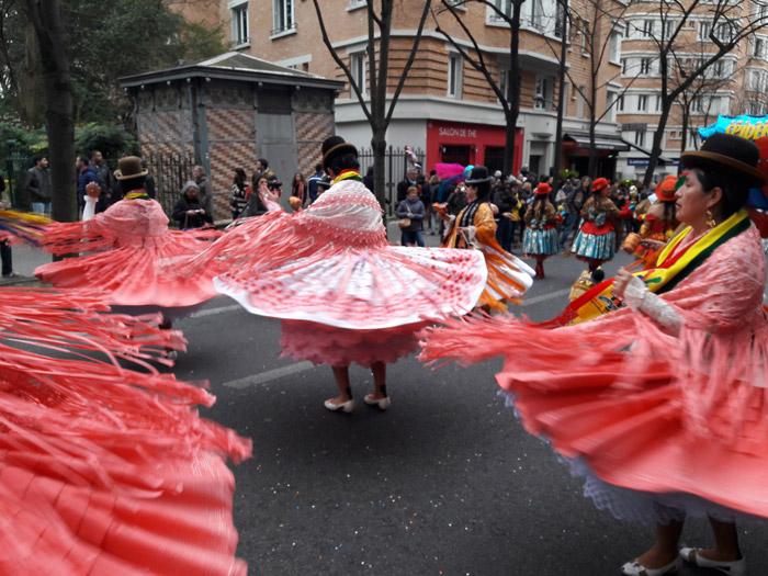 Уличные выступления во время праздника музыки