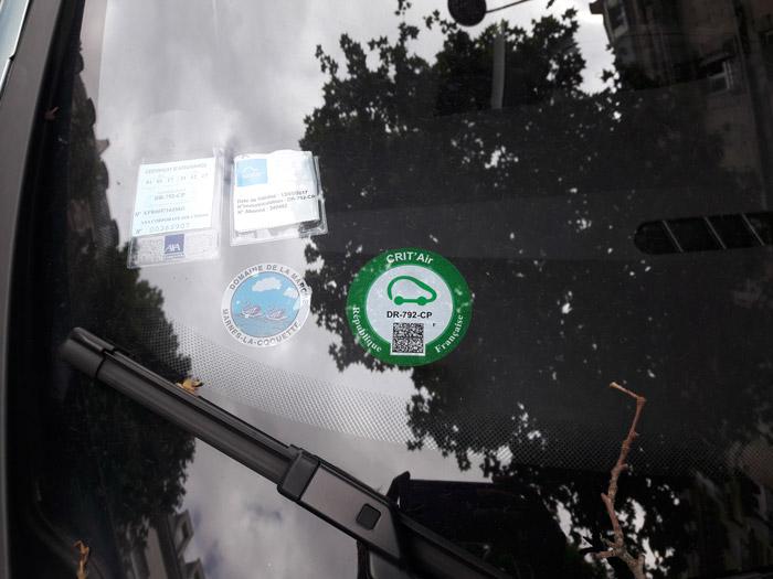 Экомобиль — зеленая наклейка