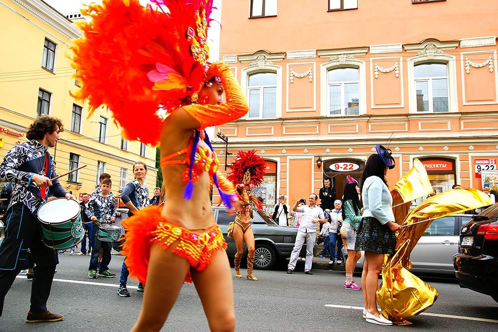 Безлатиноамериканских танцев не обходится ни один парад