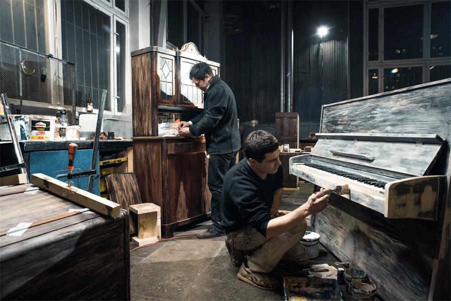 Бригада «Фабрики квестов» подготавливает артефакты